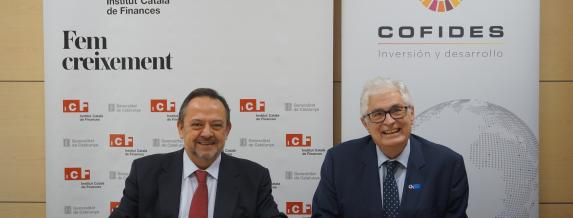 Image of the signing of the agreement between COFIDES and the Institut Català de Finances (ICF)